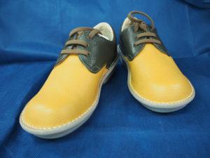 セミオーダー靴